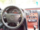Mercedes-Benz E 240 1998 года за 2 450 000 тг. в Алматы