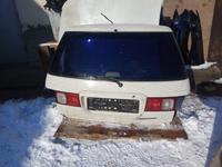На Тойоту Ипсум Ipsum 10 крышка багажника в сброе за 50 000 тг. в Алматы