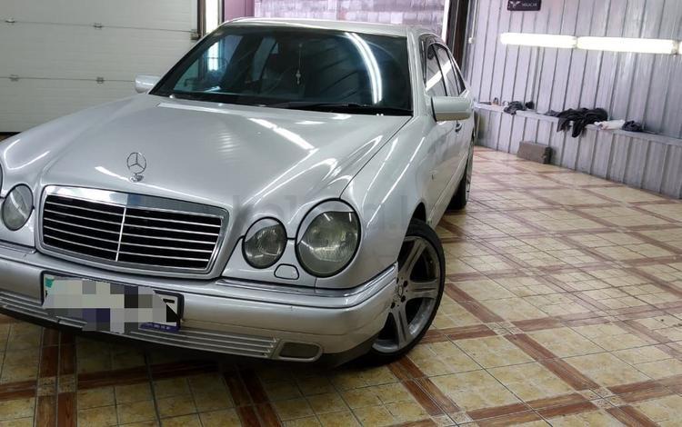 Mercedes-Benz E 280 1996 года за 2 300 000 тг. в Алматы
