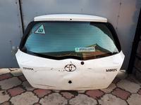 На TOYOTA VITZ крышка багажника за 30 000 тг. в Алматы