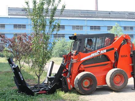 МКСМ  минипогрузчик с ковшом деревопересадчиком и гусеницами WECAN 1100 2019 года за 24 990 000 тг. в Алматы – фото 9