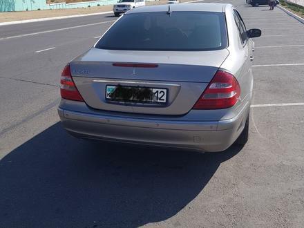 Mercedes-Benz E 240 2004 года за 3 200 000 тг. в Актау – фото 3