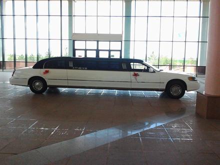Lincoln Town Car 1999 года за 1 299 999 тг. в Нур-Султан (Астана) – фото 2