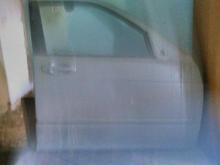 Крыйшка багажник, двери, датчики и многий дрогое детальи за 50 000 тг. в Актау – фото 3