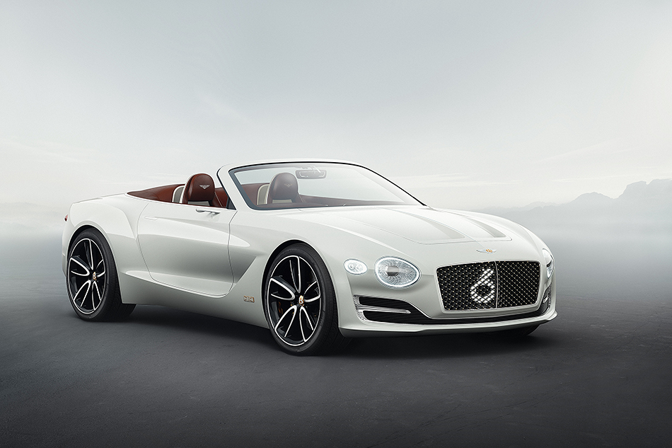 Bentley EXP 12Speed 6e. Это электрический концептуальный родстер, который сможет доехать изЛондона доПарижа (примерно 500км). Доказывать это вBentley нестали, так что верить придётся наслово.