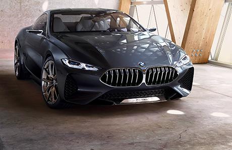 BMW выпустит авто без руля и педалей
