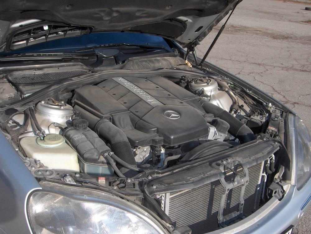 сколько свечей зажигания в автомобиле мерседес 221 600