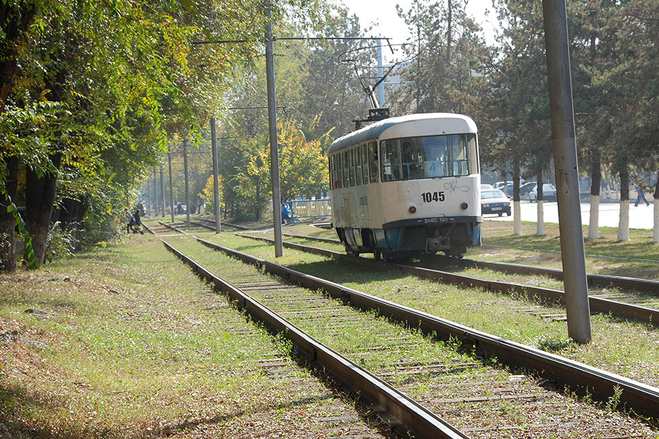 2012год. Трамвайная линия наулице Момышулы вАлматы