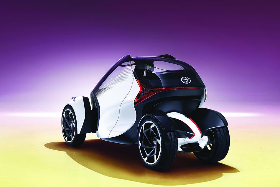 Toyota i-Trill.