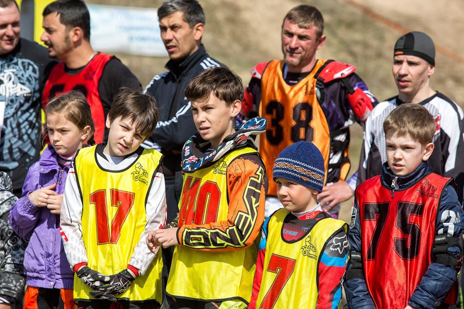 ... отпятилетних малышей иначинающих гонщиков...