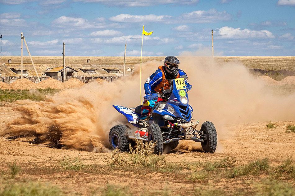 Гонщики боролись запервенство втрёх зачётных категориях. ATV— это квадроциклы