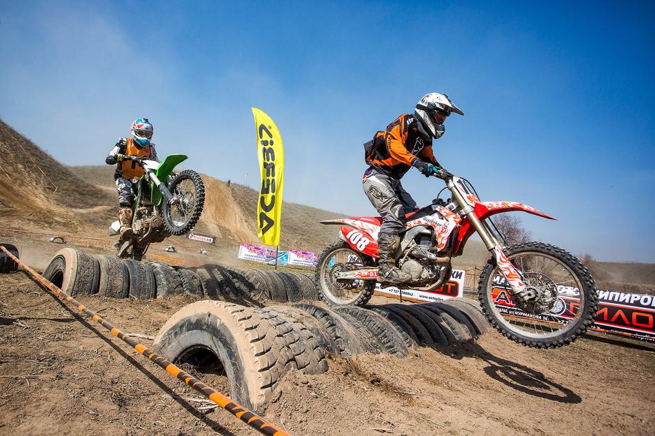 «Пампасы» традиционно собирают натрассе мотогонщиков иквадроциклистов отмала довелика...