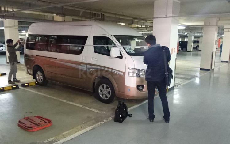Foton  продам микроавтобус foton cv 2 view 14 мест 3точные ремни движок 2,4 бензин 2017 года за 12 000 000 тг. в Алматы