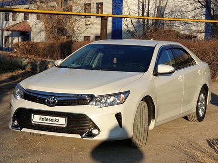 Toyota Camry 2017 года за 10 500 000 тг. в Уральск